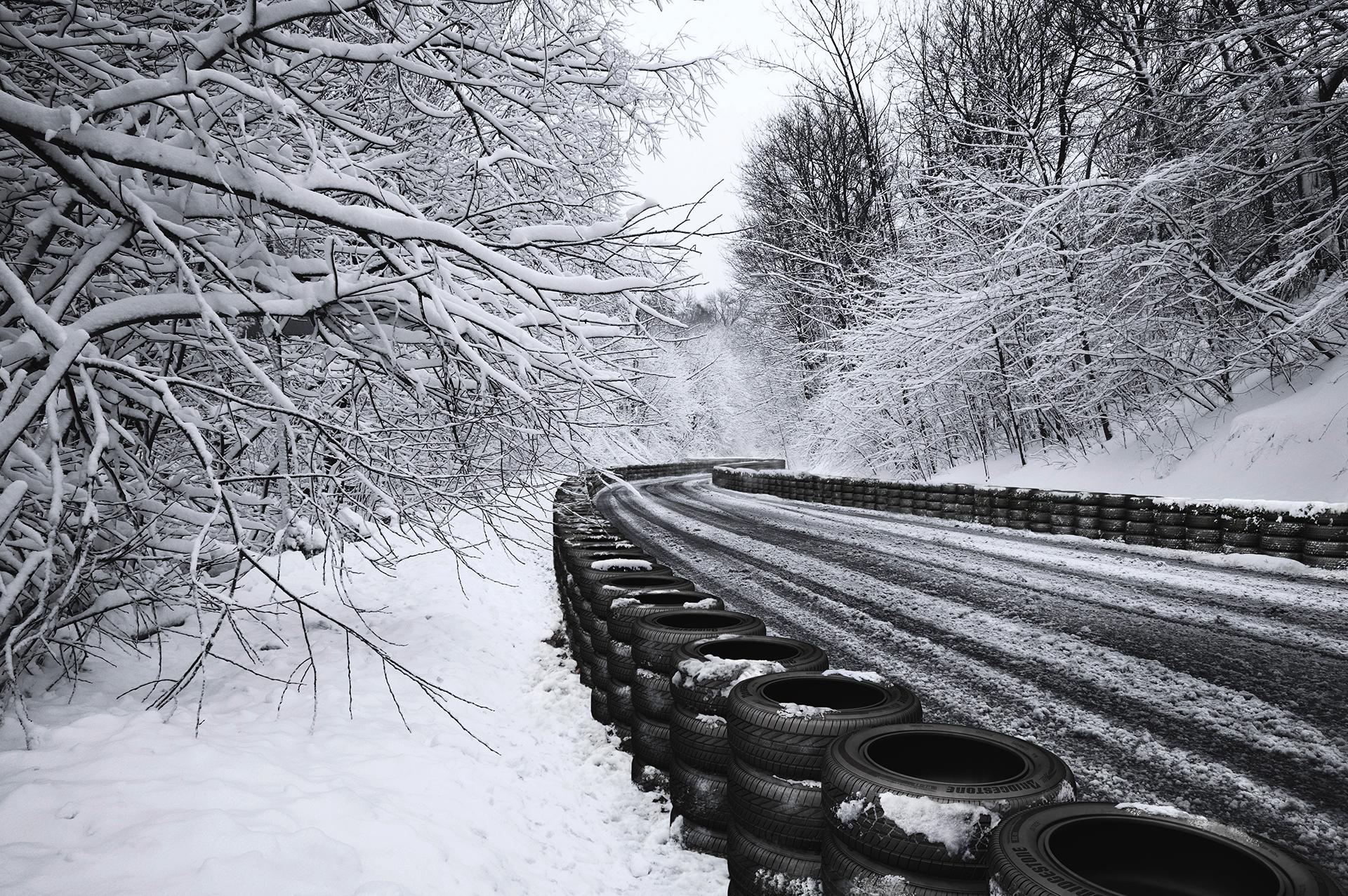 060-Bridgestone_snow