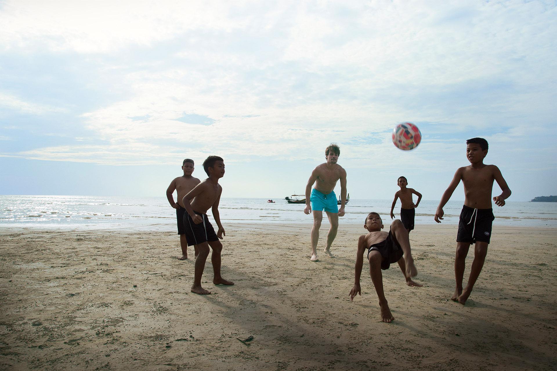 069 Visa-Thailand  Beach 130515