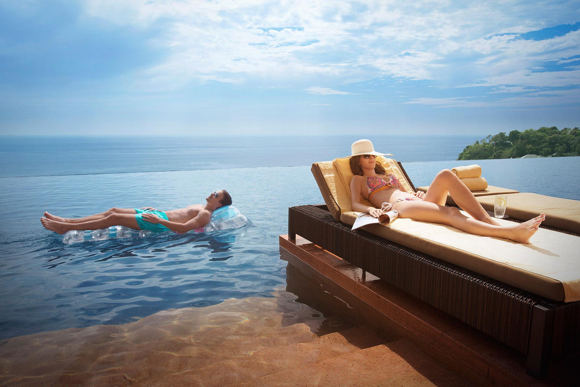 075 Visa-Thailand  Pool Bikini Caucasian 150515