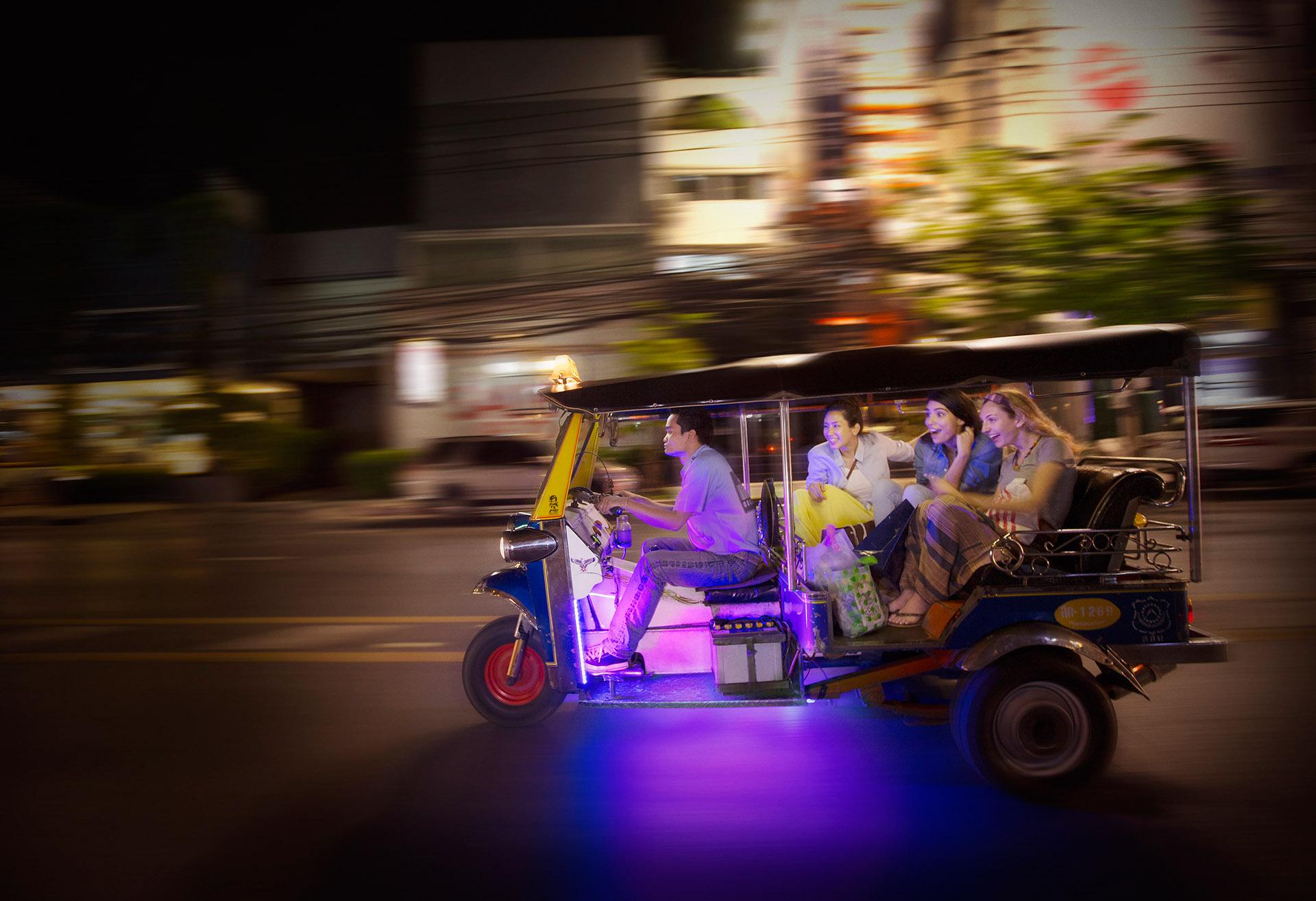 079 VISA_Thailand Tuk Tuk 130515